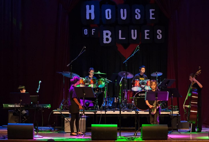 Middle School Students of 2015 Jazz 88.3 Summer Jazz Workshop in Final Concert at House of Blues San Diego